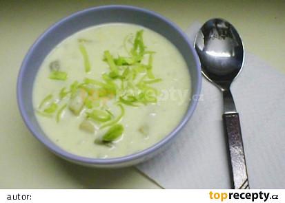 Jemná sýrová polévka s fazolkou