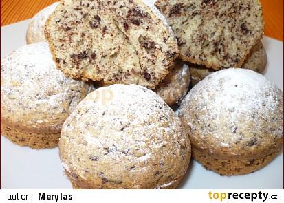 Čokoládové muffiny s burskými oříšky