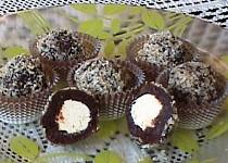 Dvoubarevné ořechové kuličky