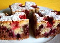 Dvoubarevný ovocný koláč