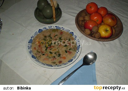 Fazolová polévka pro tejaju