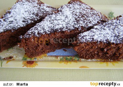 upečeno ve velké koláčové formě