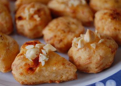 Křehké sýrové pečivo