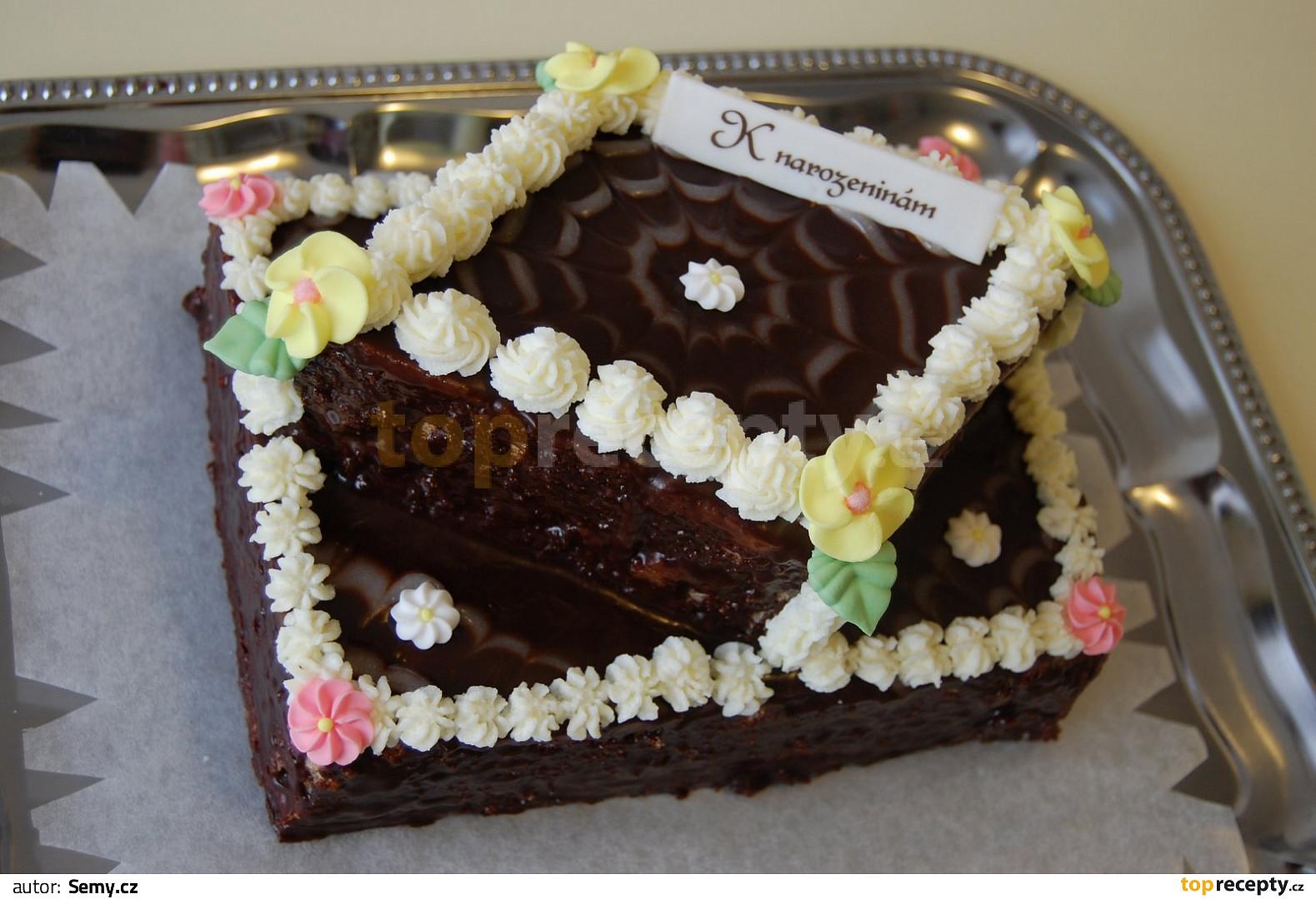 dort k narozeninám Ořechový dort k narozeninám recept   TopRecepty.cz dort k narozeninám