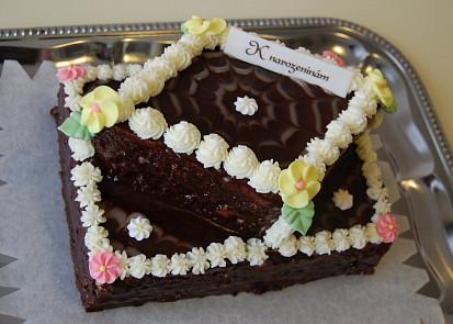Ořechový dort k narozeninám