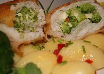 Pangas plněný brokolicovo-sýrovou nádivkou