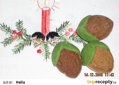 Plněné ořechy s slupkou