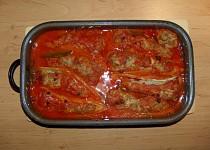 Plněné papriky s omáčkou