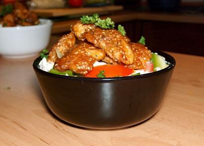 Salát s kuřecím masem