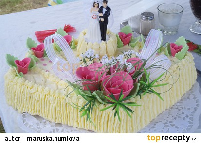 svatební dort ve tvaru mušle