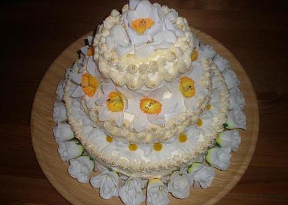 Svatební dort třípatrový