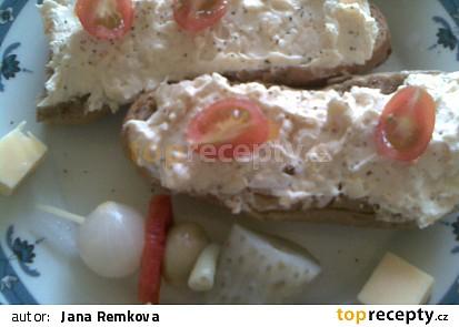 Česneková pikantní pomazánka