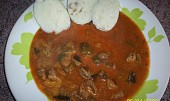 Guláš z kuřecích žaludků