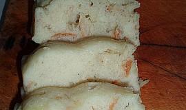 Houskový knedlík vařený v mikrovlnce