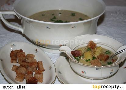 Kmínová polévka