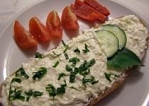 Pomazánka z uzeného sýra a tvarohu