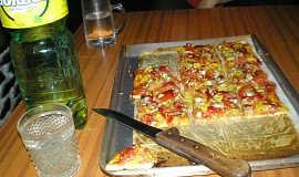 Slaný koláč jako pizza
