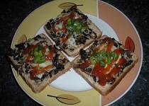 Toasty s houbami