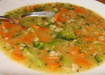 Vydatná mrkvová polévka s vločkami - i pro nejmenší