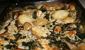 Zapečené smetanové brambory s listovým špenátem