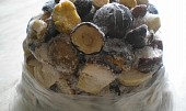 Buši houbová omáčka