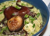 Bylinkovo-houbová polévka