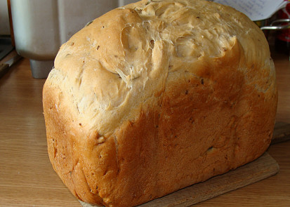 Chléb tmavý se semínky