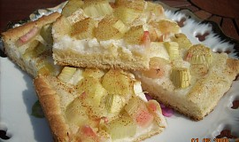 Rebarborový koláč s krupicovou kaší