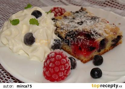 Rychlý borůvkovo-malinový koláč 2