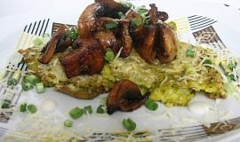 Špenátová polenta s houbami