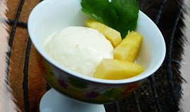 Ananasová zmrzlina