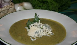 Česnekovo-brokolicový krém s nivou (dietní)
