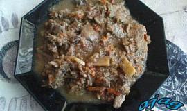 Kuřecí játra s česnekem a zeleninou