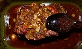 Marinovaná krkovička na rozmarýnu a s kaší s příchutí kurkumy
