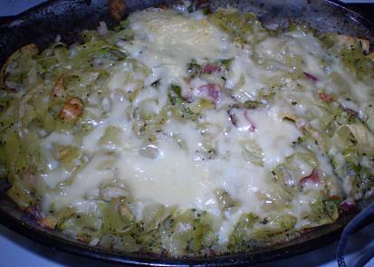 Nudle s ragů a brokolice