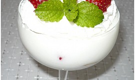Ovocné poháry z kefíru