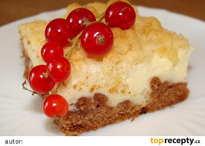Strouhaný koláč tvarohový