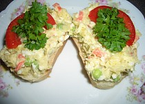 Chlebíčkový salát