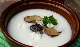 Bryndzová polévka s hříbky