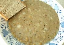 Čočková polévka - rychlá, vydatná s chlebem