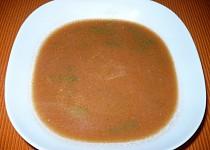 Fazolková polévka s rajčatovým protlakem