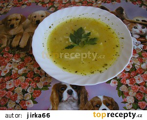 Fazolová polévka s noky