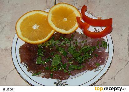 Grilované kotlety na pomerančích