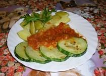 Opečená cuketa s rajčatovou směsí
