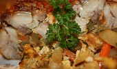 Pečený bůček s bramborovou nádivkou