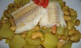 Rybí filé s bílými fazolemi (Tunisko)