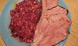 Salát z červeného zelí