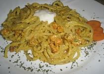 Špagety s karotkou.
