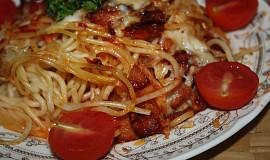 Zapečené špagety se sýrem