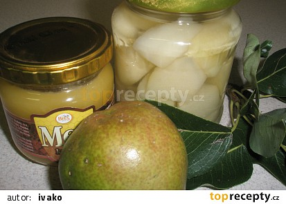 Zavařené hrušky s citrónom